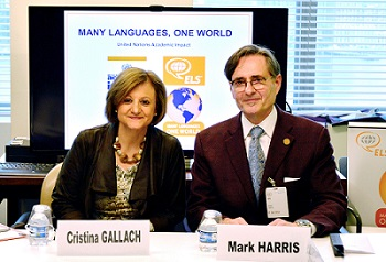 2016-MLOW-Signing-Mark-and-Cristina