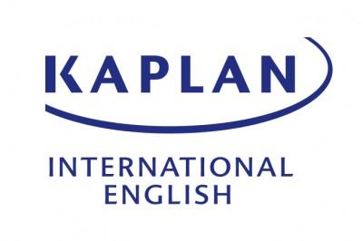 Kaplan 海外留学 カナダ スマイリーフラワーズ